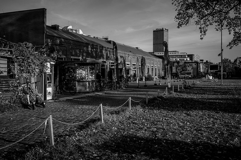 Photo showing the Festsaal Kreuzberg from the outside.