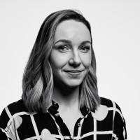 A photo with a portrait of Cassie Evans